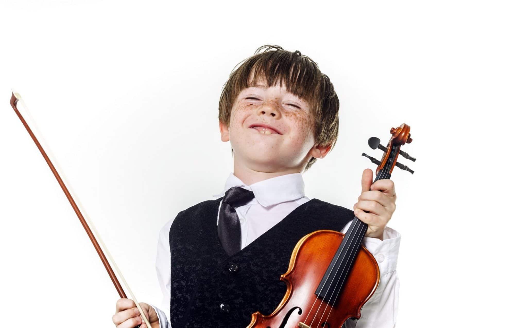Su primer instrumento musical